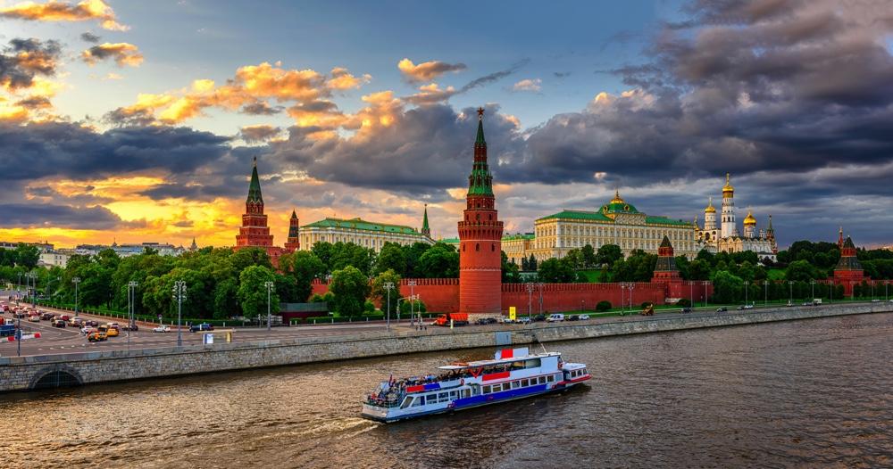 VLIEG 03 Moskou Kremlin + Rivier 1_web