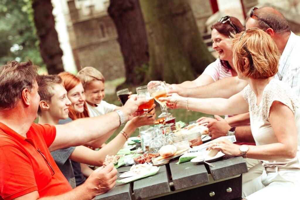 Groepsuitstap Ronse Oost-Vlaanderen Promotie Groepsreis Verenigingen Daguitstap Bedrijven Familie