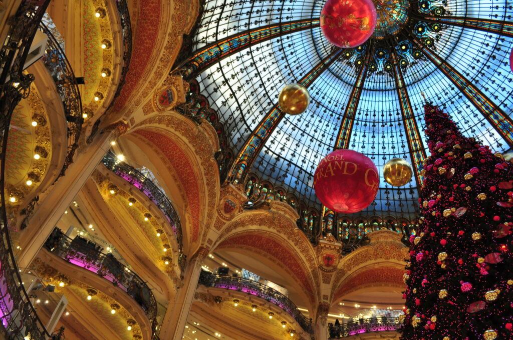 Daguitstap Groepsuitstap Verenigingen Bedrijven Familie Individueel kerstshopping Parijs