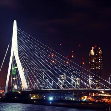 28/11/2020 KERSTSHOPPEN IN ROTTERDAM busreis voor individuele inschrijvingen CORONAPROOF!