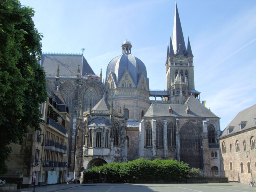 aachen_cathedral_and_palatine_chapel_germany